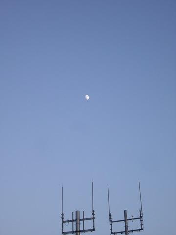 Moon06262007-1.jpg