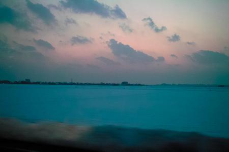 dusk02042011dp2.jpg