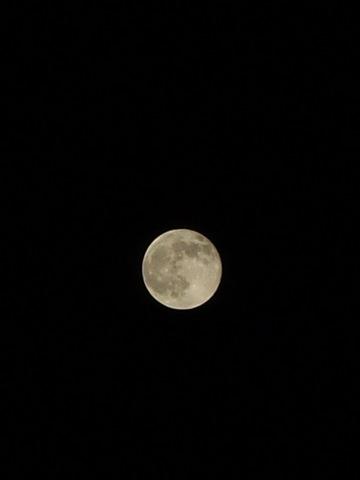 full_moon09272007-01.jpg